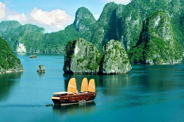Tour du lịch Hạ Long 6 ngày 5 đêm
