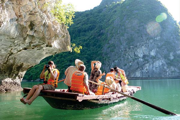 Tour du lịch Hà Nội – Hạ Long – Bái Đính – Yên Tử – Sapa