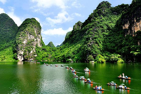 Tour du lịch Hương Tích – Hà Nội (1 ngày)